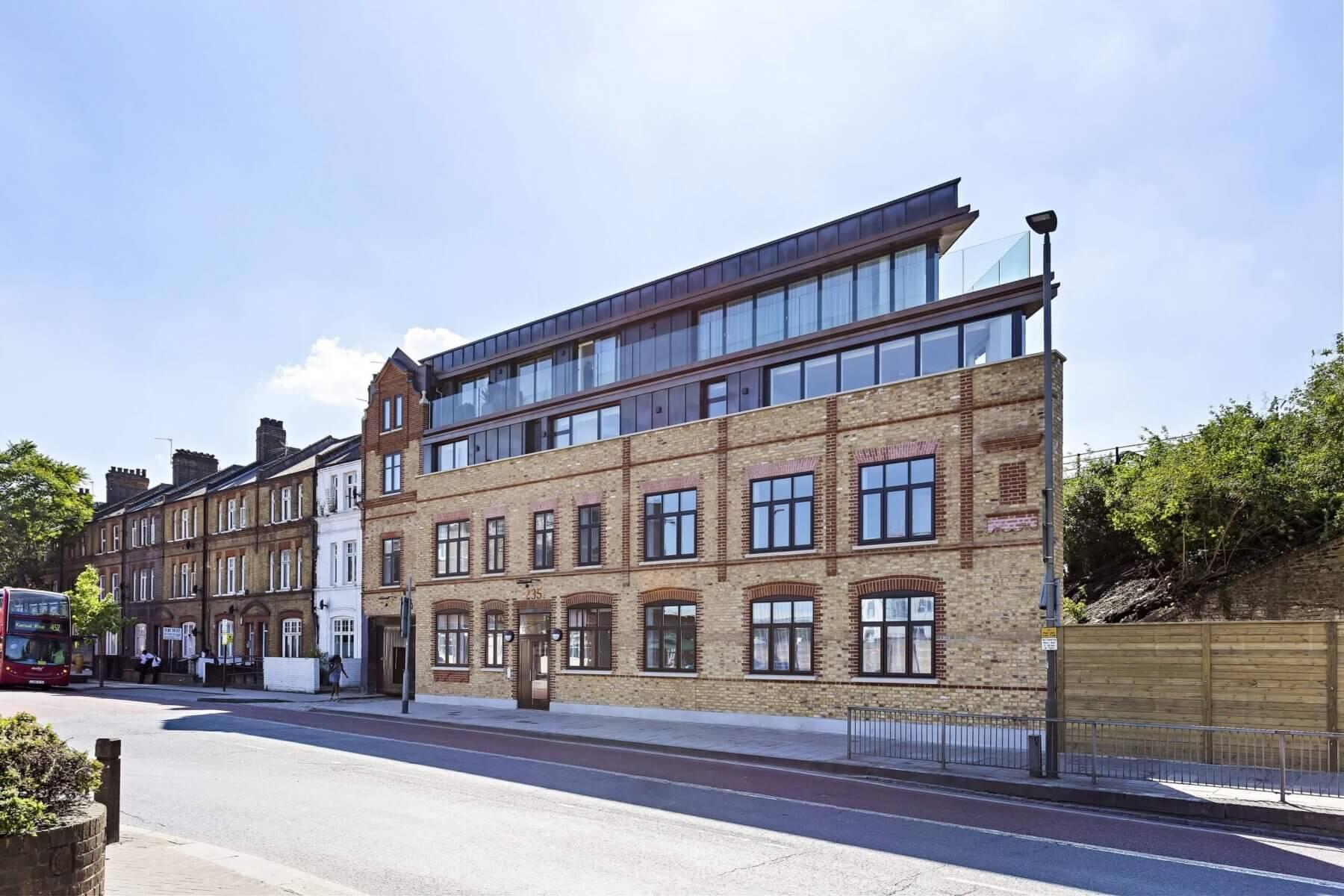 Queens Town Road Block Apartments