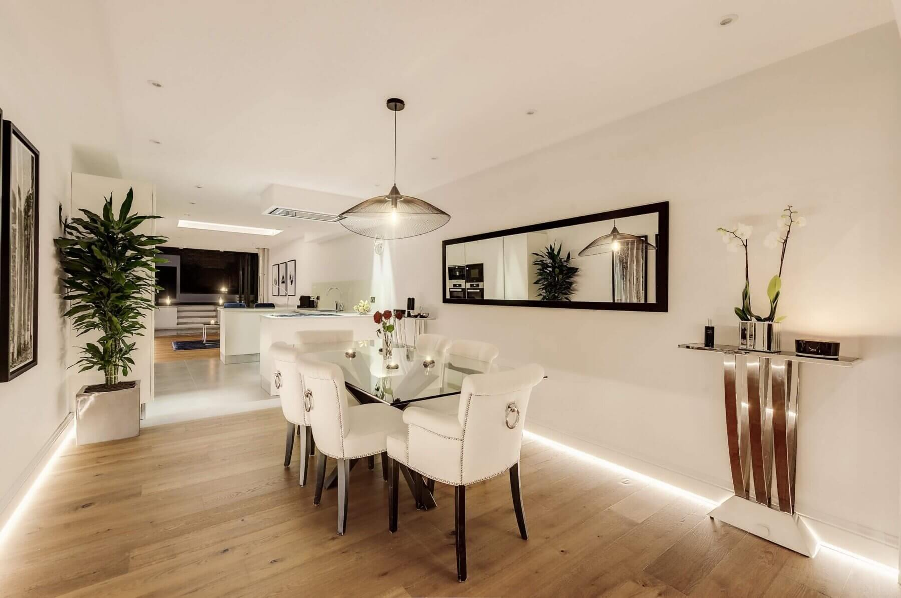 Modernised Dining and Kitchen Area